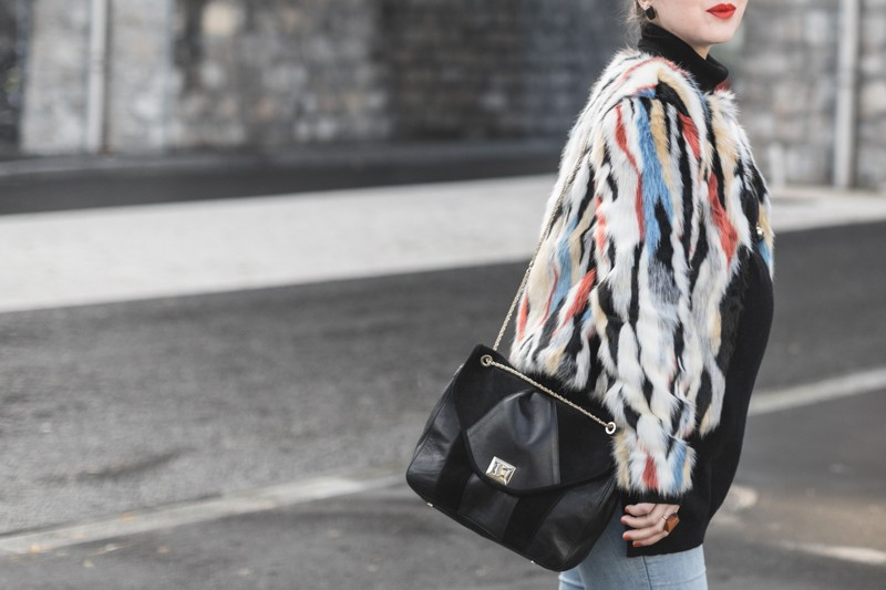 marc o polo turtle neck multi color faux fur sezane clark sac photo credit paulinefashionblog.com 4 800x533 furry ball