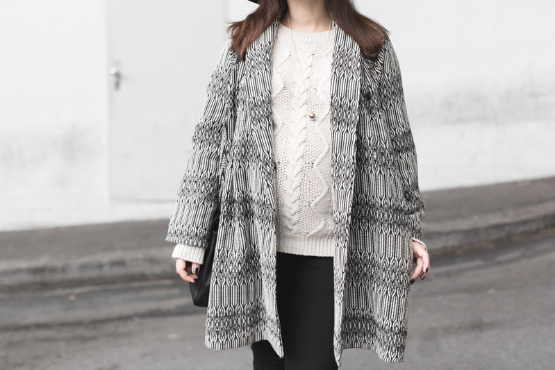 marcopolo hat manteau bash paris bionda castana flats sac sezane photo credit paulinefashionblog.com 6 Black & White