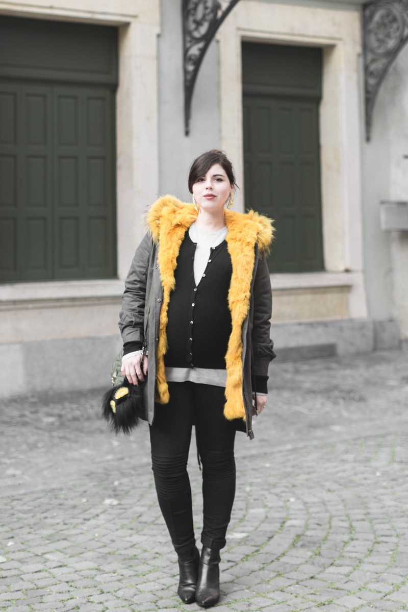 look grossesse parka on parle de vous BO banana Shourouk Boden copyright Pauline paulinefashionblog.com 1 800x1199 Kaki + Yellow