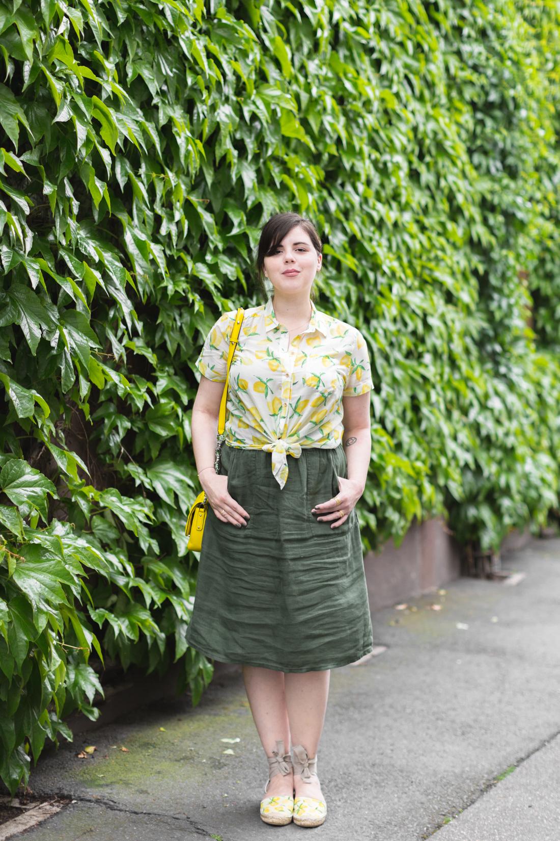 1100 chemise espadrilles imprime citrons sezane - copyright Pauline paulinefashionblog.com-1-3