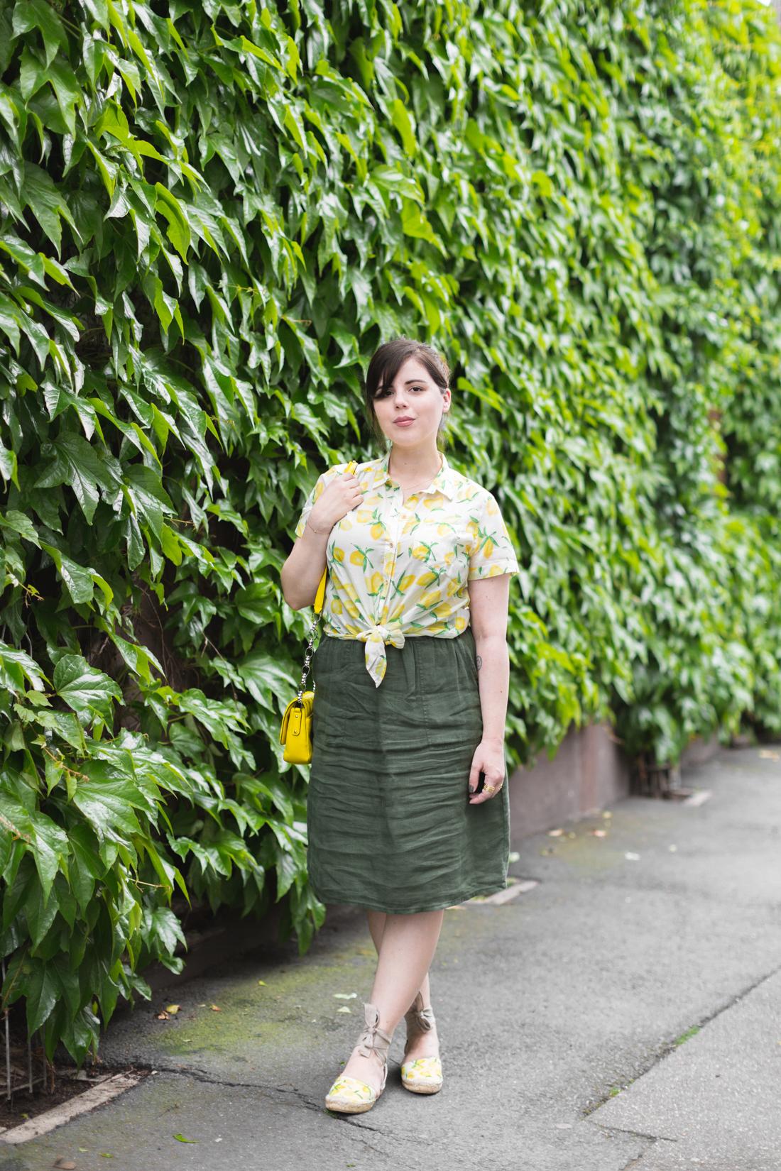 1100 chemise espadrilles imprime citrons sezane - copyright Pauline paulinefashionblog.com-4
