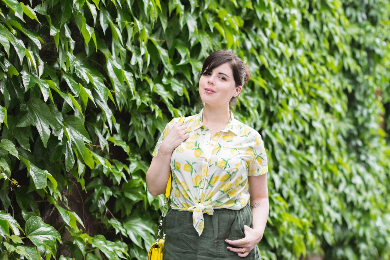 1300 chemise espadrilles imprime citrons sezane - copyright Pauline paulinefashionblog.com-1