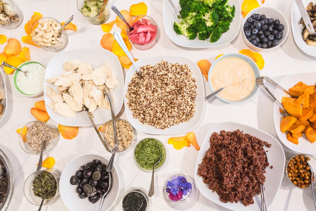 dejeuner-annelyse-chardon-buddha-bowl-baume-et-mercier-ma-petite-promesse-copyright-pauline-paulinefashionblog-com-3