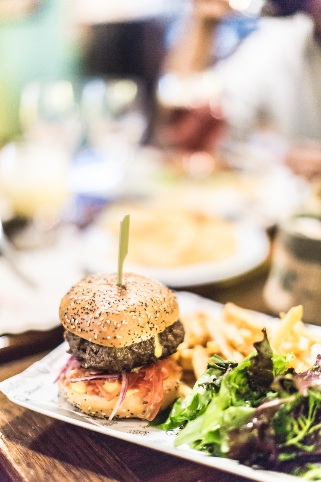 the-place-to-burger-paris-copyright-pauline-paulinefashionblog-com-2