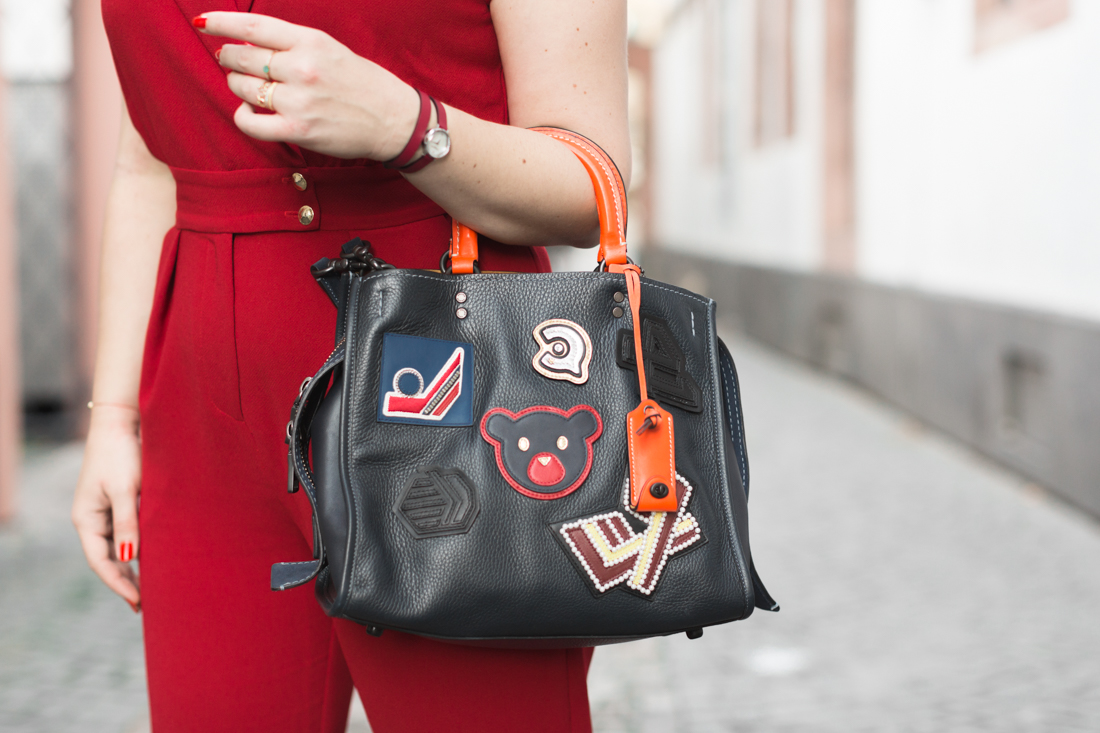 varsity-rogue-bag-coach-new-york-red-jumpsuit-valentina-sezane-marine-copyright-pauline-paulinefashionblog-com-1-4