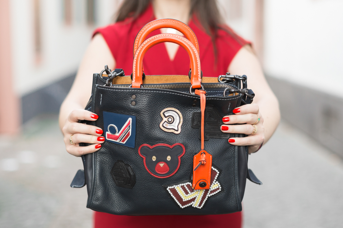 varsity-rogue-bag-coach-new-york-red-jumpsuit-valentina-sezane-marine-copyright-pauline-paulinefashionblog-com-1