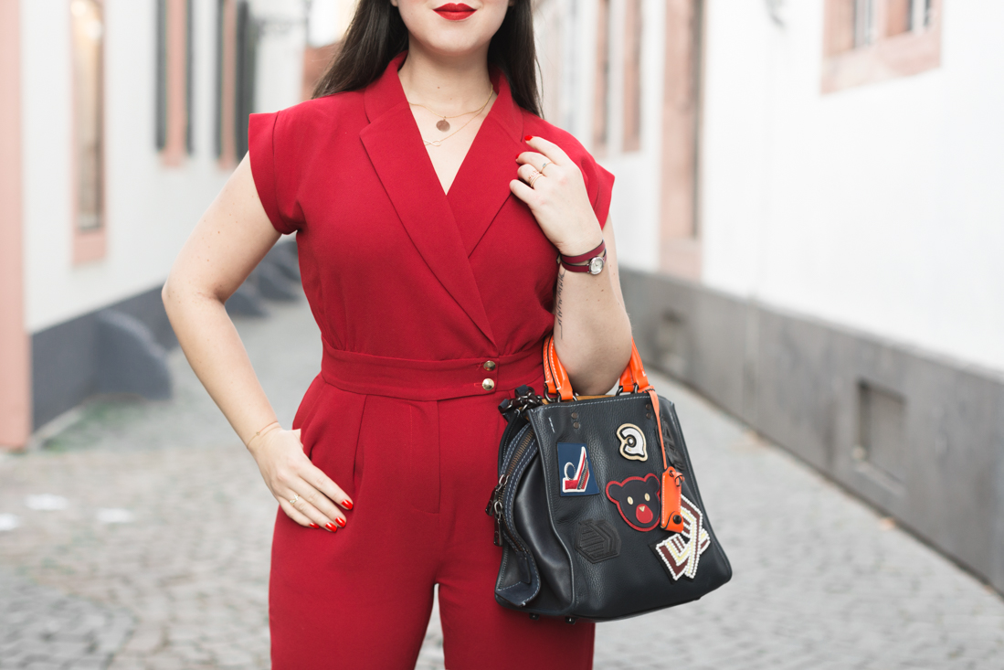 varsity-rogue-bag-coach-new-york-red-jumpsuit-valentina-sezane-marine-copyright-pauline-paulinefashionblog-com-8