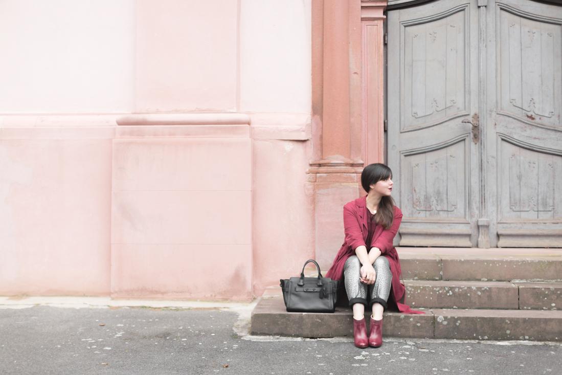 look-bordeaux-sezane-dentelle-pantalon-argent-sac-swagger-coach-bag-boots-eponyme-copyright-pauline-paulinefashionblog-com-9