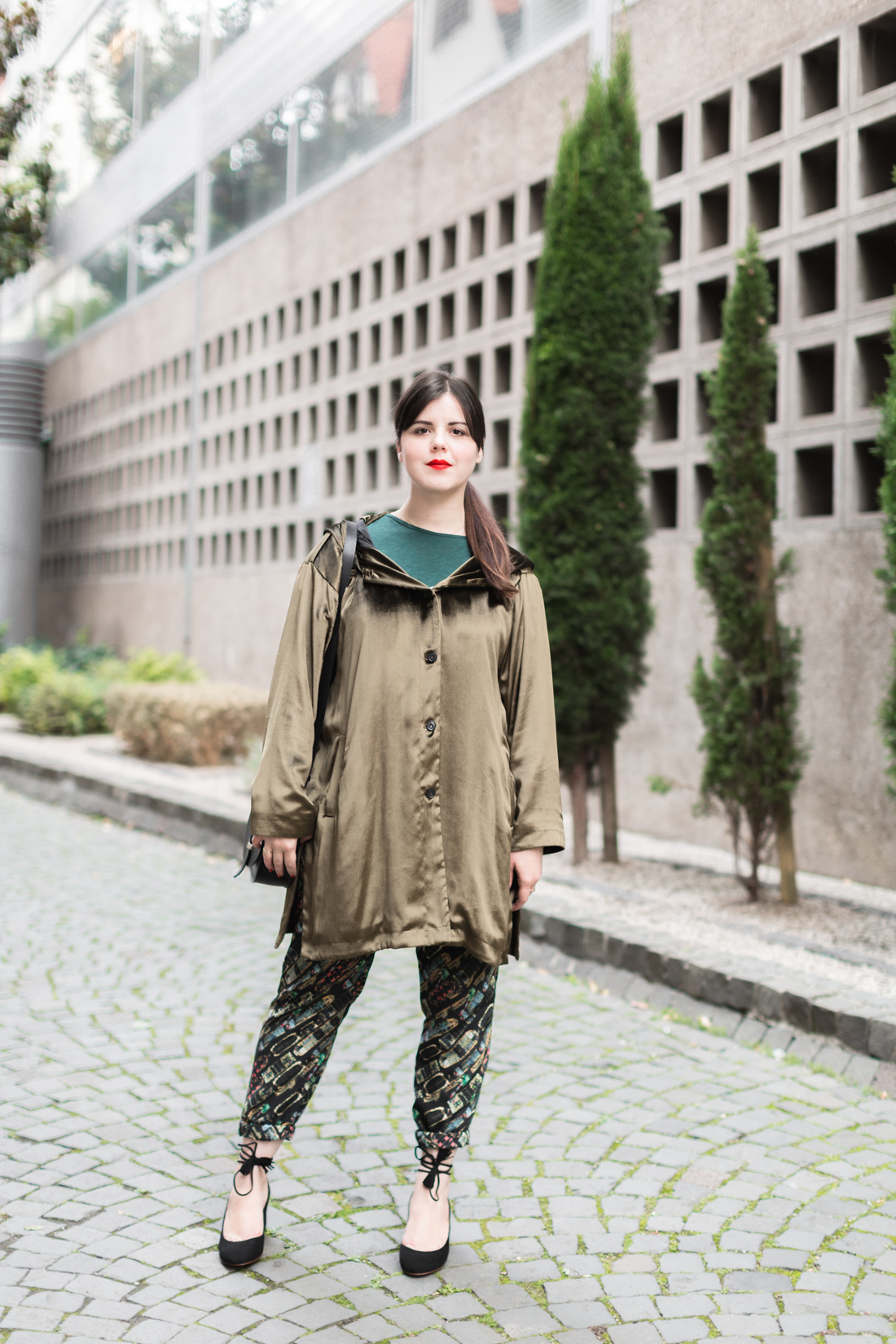 look wonderbash parka ikks velours pantalon heimstone copyright Pauline paulinefashionblog.com 1 Shades of Green