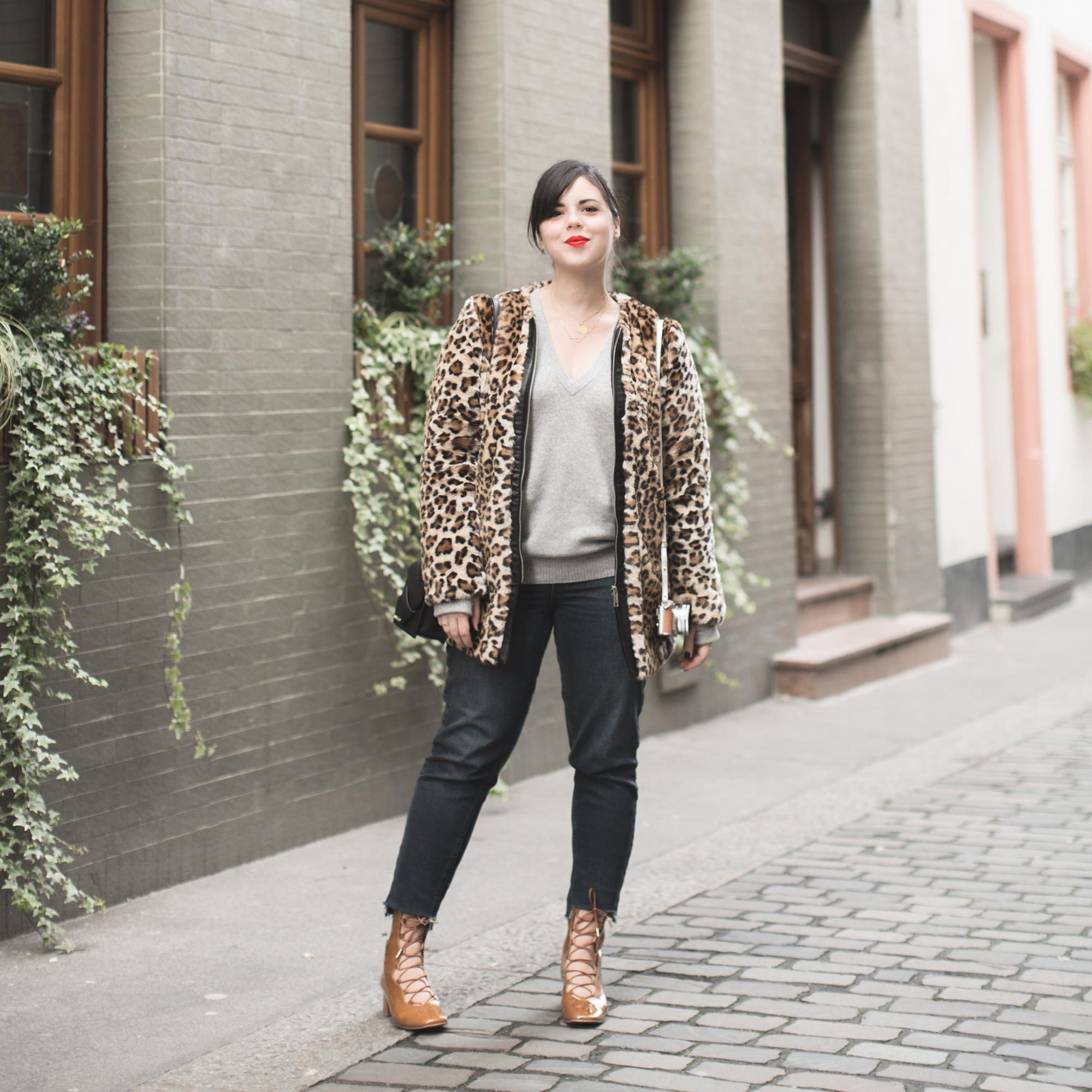 manteau_moumoute_leopard_tissaia_de_e_leclerc_copyright_pauline_fashionblog_blog_mode-1-2