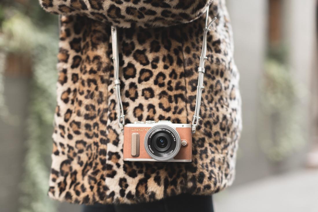 manteau_moumoute_leopard_tissaia_de_e_leclerc_copyright_pauline_fashionblog_blog_mode-2