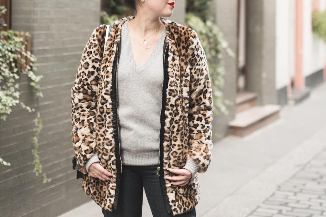 manteau_moumoute_leopard_tissaia_de_e_leclerc_copyright_pauline_fashionblog_blog_mode-6