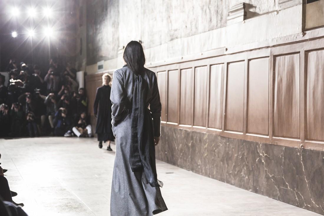1100_agnesb_fashionshow_invalides_fw17_copyright_paulineprivez_paulinefashionblog_com-10