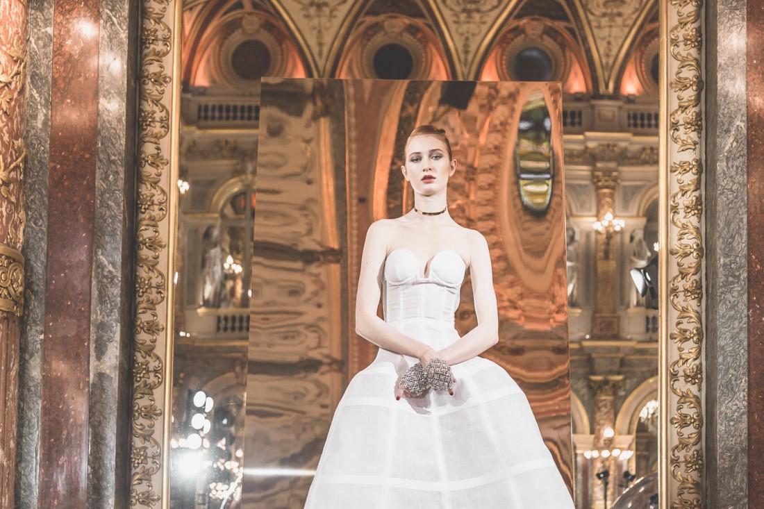 show_paule_ka_mirror_photographe_pauline_privez_copyright_paulinefashionblog_com-10-2
