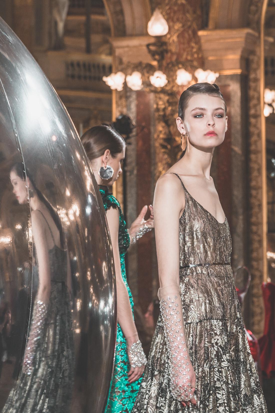 show_paule_ka_mirror_photographe_pauline_privez_copyright_paulinefashionblog_com-9