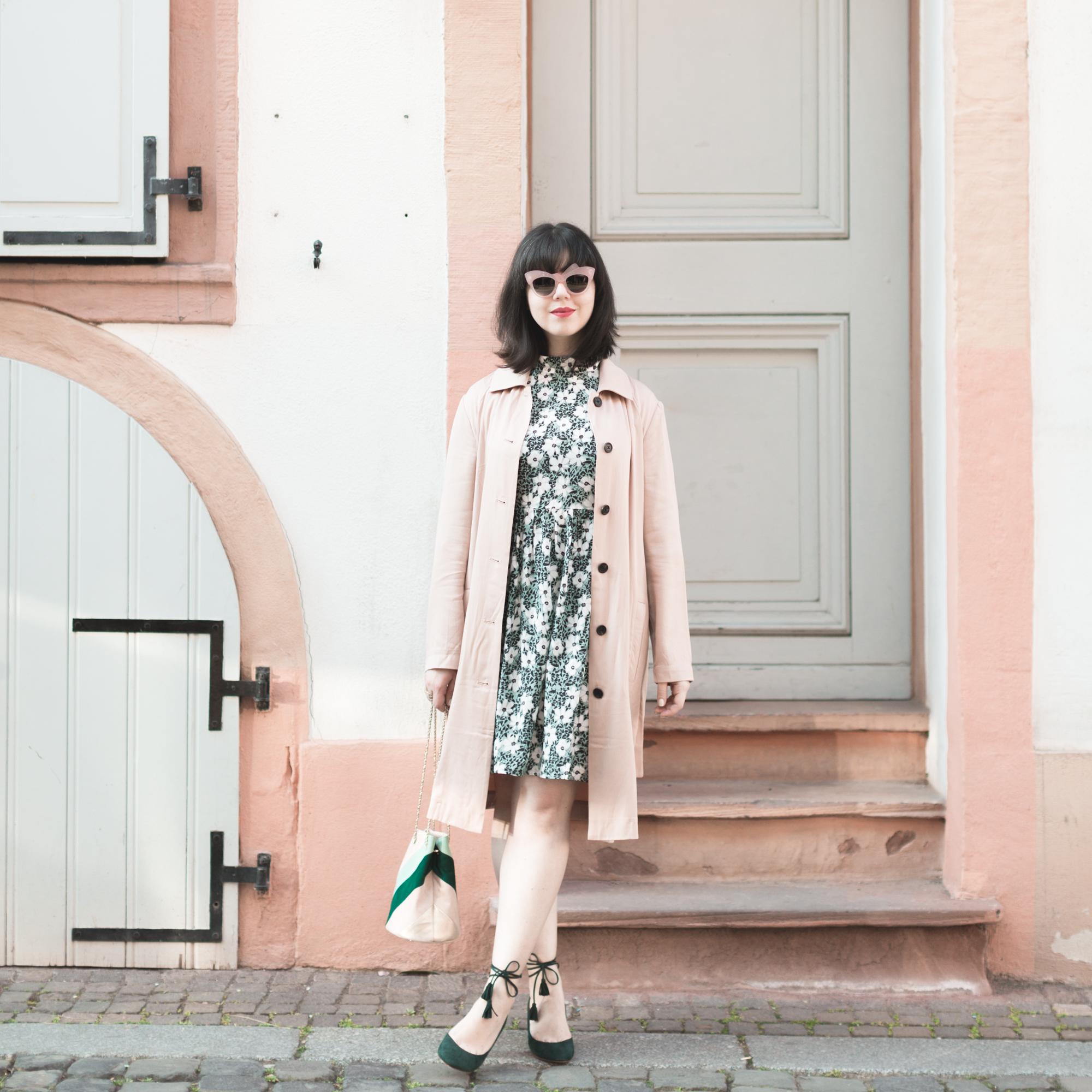 insta_kelly_love_poppy_dress_bourse_hope_sezane_patchwork_copyright_Pauline_Privez_paulinefashionblog_com-1-2