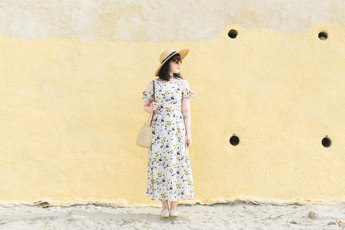 yellow_dress_flowers_kelly_love_youngbritishdesigners_copyright_Pauline_Privez_paulinefashionblog_com-3