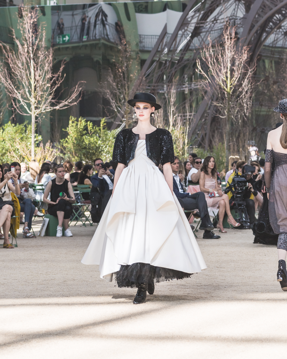 2f3ad8f3591f4 Chanel Haute Couture AH18 + Gabrielle Chanel Party